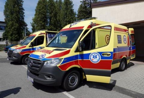 Ratownicy medyczni na froncie przeciwko koronawirusowi