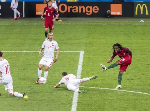 Euro okiem czytelnika: Mistrzostwa w wielu krajach, co z tą Polską?