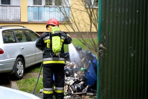 Pożar śmietnika na Broniewskiego