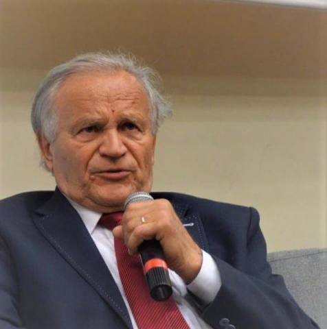 Prof. Bolesław Faron: obecny kataklizm jest jak wojna. Też umierają ludzie