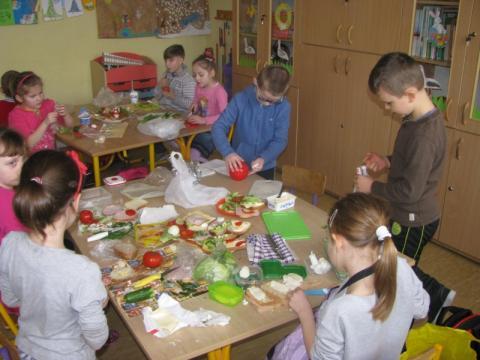 Stary Sącz: zobacz kto może starać się o dożywianie dziecka w szkole