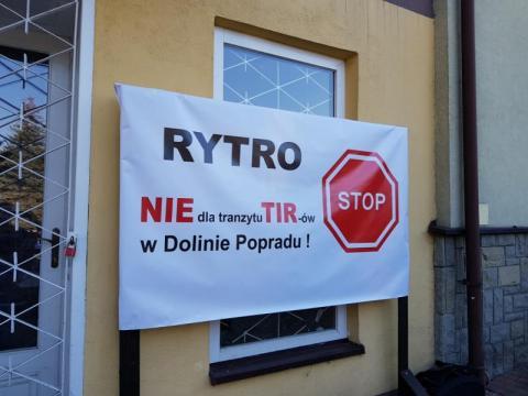 Rytro: radni uchwalą rezolucję w sprawie tirów w Dolinie Popradu? Sesja LIVE