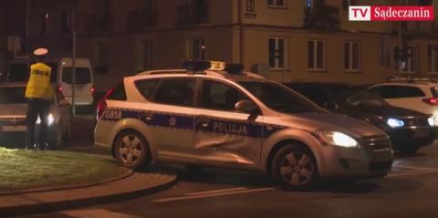 Grodzka/Aleje: Radiowóz wymusił pierwszeństwo! Ale kto skosił sygnalizację świetlną? Tylko u nas: FILM