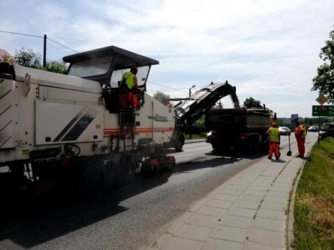 Powiat dostał 14 milionów na trzy drogi. Komu zrobią generalny remont