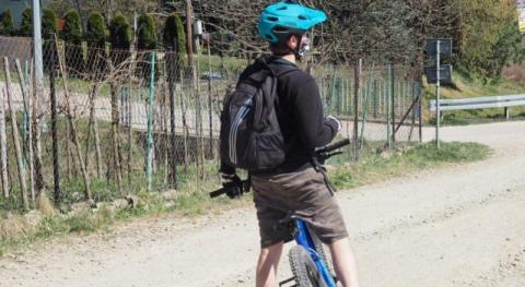 Wlepią mandat, nie wlepią… Na rowerze i joggingu po Sączu w maseczce  czy bez?