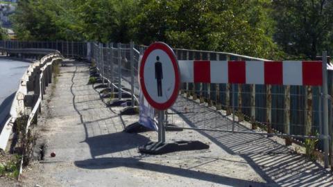 Nowy Sącz: co to za tajemnicze barierki? Tą estakadą da się chodzić?