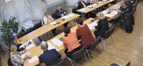 Gródek nad Dunajcem: dyskusje radnych na temat epidemii. Trwa sesja