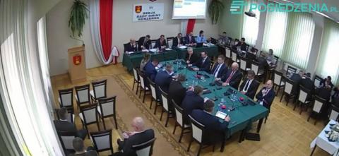 Korzenna: sesja rady gminy. O czym dyskutują radni? Transmisja na żywo