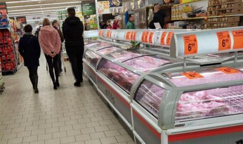 I znowu koszmar w sklepie. Co sanepid znalazł w mięsie w Lidlu i Biedronce