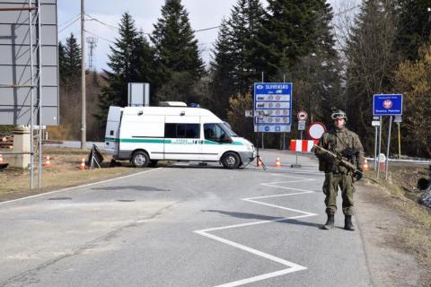 Słowackie MSZ odradza podróże do Nowego Sącza