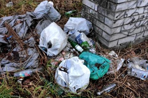 śmieci na ulicy Asnyka