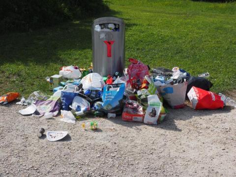 Korzenna: Rada Gminy przyjęła uchwałę w sprawie wysokości opłaty za śmieci