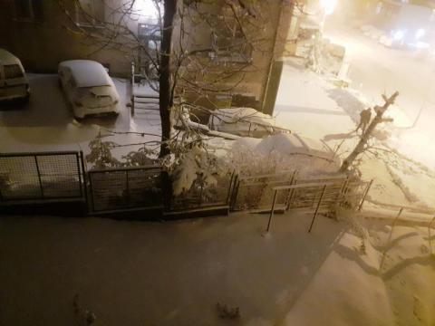 Usuńcie auta z tych ulic w Krynicy-Zdroju. Służby będą wywozić nadmiar śniegu