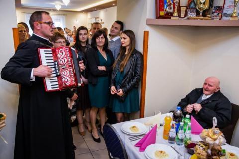 Przeżył dwie wojny światowe. Stanisław Święs z Wawrzki świętuje setne urodziny