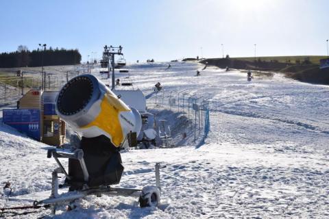 """Totalna klęska dla branży narciarskiej: """"zima dla nas, to być albo nie być"""""""