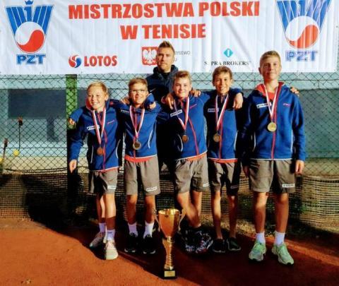 Sądecka tenisowa drużyna nastolatków wywalczyła Mistrzostwo Polski