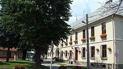 """Stary Sącz: już od 3 lipca podatki i opłaty """"śmieciowe"""" opłacisz kartą i telefonem!"""