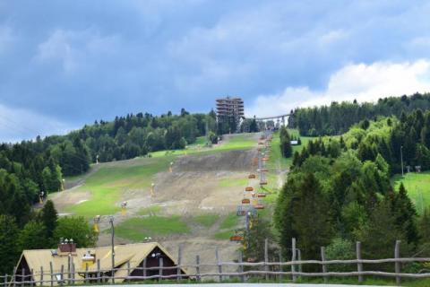 Tajemnice wielkiego biznesu. Wieża widokowa i stok narciarski w Krynicy