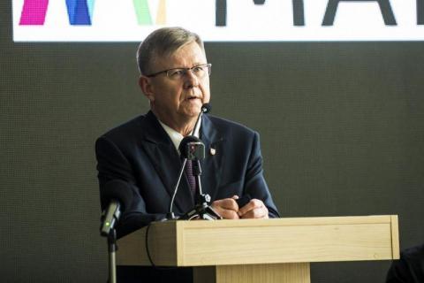 Marszałek Witold Kozłowski - honorowy patron Europejskiego Festiwalu Biegowego