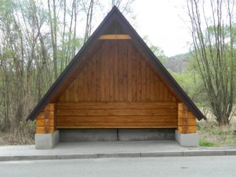 Przystanek w Witowicach Dolnych odbudowany. Jak długo będzie tak wyglądał?