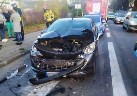 Nowy Sącz: trzy samochody zderzyły się na Lwowskiej obok Lidla
