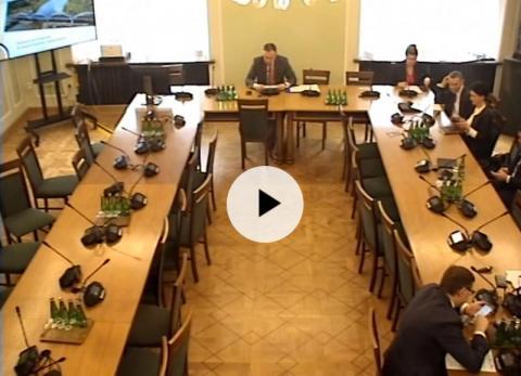 """Dziś po raz pierwszy zebrał się parlamentarny zespół do spraw """"sądeczanki"""" i połączeń kolejowych w Małopolsce"""