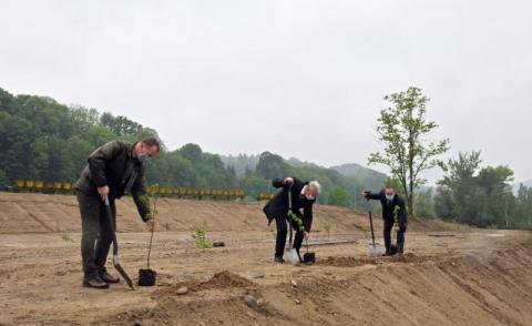 Jak zagospodarować teren dawnej żwirowni w Rożnowie? Gmina szuka pomysłów