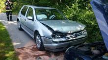 Groźny wypadek w Stróżach. Roztrzaskane dwa samochody, a co z ludźmi?