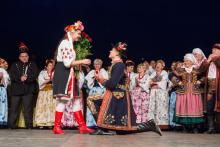Święto folkloru na sądeckim Rynku. Oświadczył sie podczas koncertu Sądeczan i Wisły z Brazylii