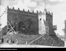 Zamek królewski na starych fotogriafiach