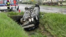 Nowa Wieś: Dachowanie samochodu