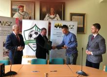 UKS Staszkówka Jelna i PWSZ podpisały porozumienie. Czego dotyczy współpraca?