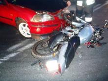 Krok od tragedii w Zabrzeży. Motocyklista cudem uniknął śmierci