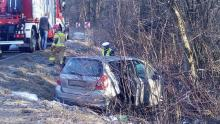 Znów wypadek w Naściszowej. Kobieta była uwięziona w samochodzie [WIDEO]