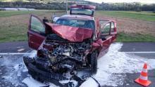 Na drodze krajowej w Łosisinie zderzyły się auta. Są ranni [ZDJĘCIA]