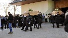 pogrzeb rodziców dzieci ze Świniarska