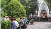 """Czerwcówka"""" w Marcinkowicach. Modlitwa nad Smolnikiem"""