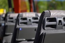 Jazda autostradą autobusem na stojąco - jak to możliwe, że jest zgodna z prawem?