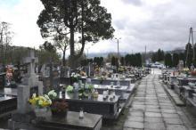 Strach przed koronawirusem na cmentarzu. Jak się boimy w Nowym Sączu