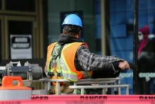 Koronawirus szaleje, a na placach budowy praca wre. Co z bezpieczeństwem?