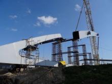 Stalowe łuki rozpinają się na moście heleńskim. Przeprawa jest gigantyczna