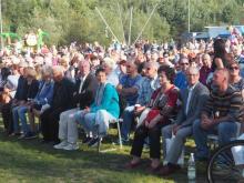 Tłumy na festynie Ojca Pio w Zawadzie. Gwiazdą wieczoru był Andrzej Rosiewicz
