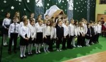 Maluchy w Koniuszowej juz zaśpiewały sto lat na  Dzień Babci i Dziadka