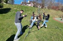 Nastoletni filmowcy zabrali się za kręcenie klipu o Krynicy
