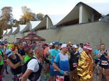 Festiwal Biegowy: Koral Maraton na trasie. Zawodnicy pełni entuzjazmu