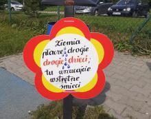 Stary Sącz: ładne kwiatki! Wierszem walczą ze śmieciami