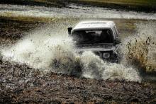 Wojciech Cebula o zawodach off-road extreme: najczęściej zdarzają się dachowania