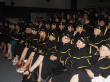 Pielęgniarki i ratownicy medyczni odebrali dyplomy ukończenia studiów [WIDEO]