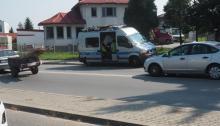 Nieszczęście na Węgierskiej. Wpadła na pasach pod samochód [ZDJĘCIA]