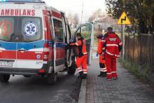 Podczas pracy stracił przytomność i przestał oddychać. Z pomocą ruszyli strażacy